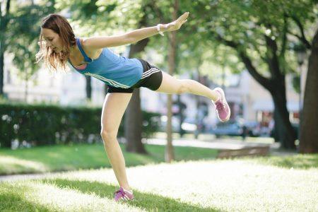 weniger Rückenschmerzen mit Hilfe der Online Rückenschule von fitbase
